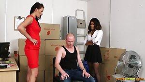 Carla Mai, Jaye Rose, Kiki Minaj and Lissa Love stroke and suck a naked guy