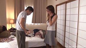 Horny Japanese cougar Rika Fujishita masturbates keep up with to a detach from