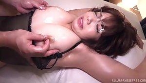 Oiled Japanese carve Akase Shouko moans while getting pleasured