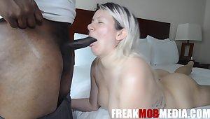 Hotness Amateur Porn Blond Hair Lady Woman Sucks A BBC