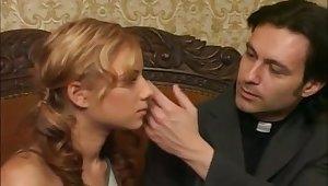 Desiderando Giulia - Fuck me Padre