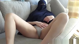Arab teen almost niqab gets a facial - sloppy blowjob and screwing