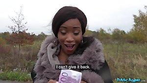 Ebony chick Kiki Minaj takes money nearby enjoyment from with a stranger