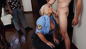 Stacked kirmess cop Julie Cash sexes up a hung younger man