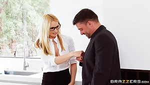 Never fulfilling passion in a slutty trio be beneficial to the hot office MILF